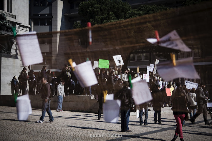 Protest in Porto. Photo by Nuno Gomes on G+ (used with permission).
