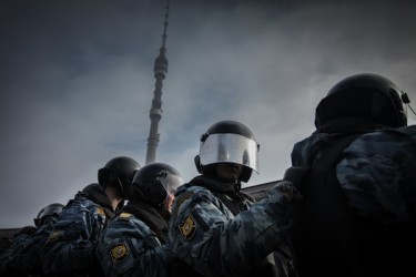 Riot police at the Funeral of the Truthful Television rally at Ostankino, Moscow. Photo by EVGENY FRANK, copyright © Demotix (18/03/12).