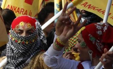 Kurdish Women mark Newroz in the Turkish capital Ankara. Photo credit: Jiyan Azadi posted on Twitter