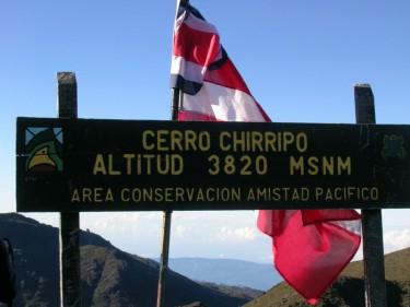 itrato ni Peter Andersen ng tuktok ng Cerro Chirripo, CCBySA