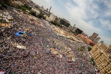 A panoramic view of Cairo's Tahrir Square showing tens of thousands of protesting against the candidacy of Omar Suleiman, April 13, 2012. Image by Flickr user Mosa'ab Elshamy (CC BY-NC-SA 2.0).