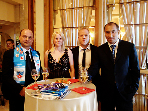 Kevin and Stacy (centre) with the Barys leadership. Photo taken from the blog nortonsports.com