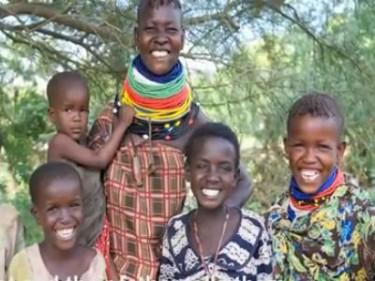 Лусина от Кения - една от майките, нтервюирани за изложбата в Международния музей на жените