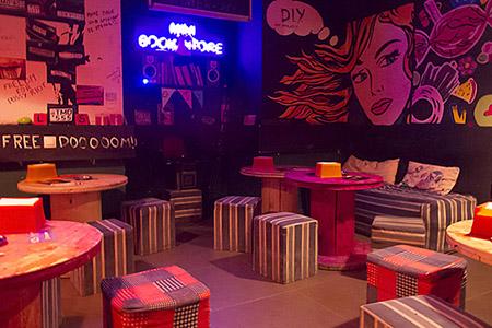 D.I.Y. Bar, Yerevan, Armenia © Onnik Krikorian