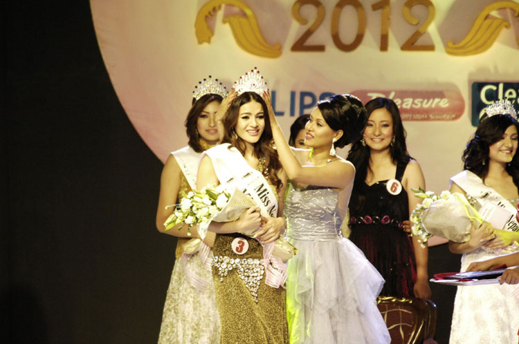 Shristi Shrestha - Miss Nepal - Image via Naresh Shrestha, Himalayan Times (used with permission)