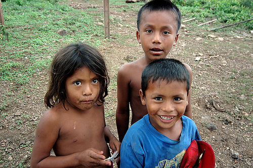 Children in Ometepe, Some rights reserved by Zach Klein