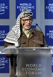Yasser Arafat al World Economic Forum a Davos, Gennaio 2001. Foto di Remy Steinegger (CC BY-SA 2.0)