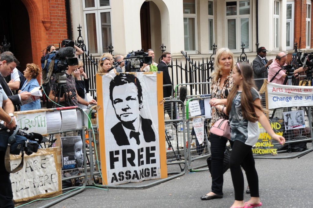 Press stand opposite the Ecuadoran Embassy in London on August 16, 2012. Photo by See Li, copyright Demotix