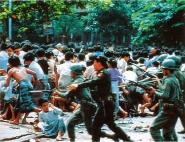 Government army troops during a clash with protestors. Image by Myanmar Political Review on Facebook.