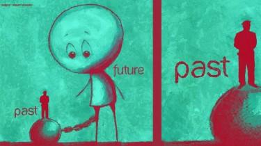 La rivoluzione è un conflitto tra passato e futuro