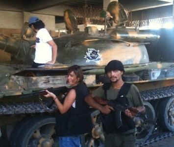 Emma Sulieman with the Free Syrian Army. Shared by @emmasuleiman on Twitter
