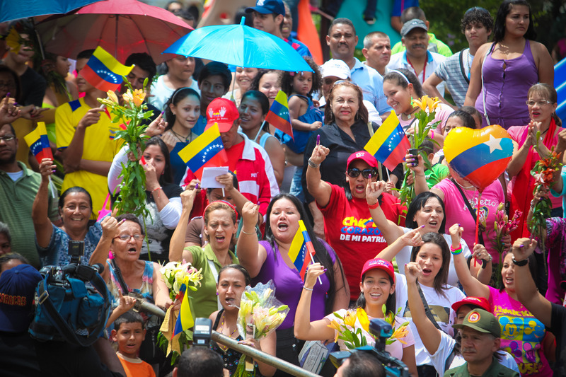 Supporters of President Hugo Chavez during the presidential elections on October 7, 2012. Photo by Alejandro Rustom. Copyright Demotix.
