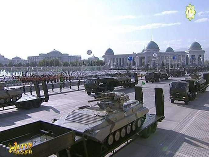 صورة من التلفزيون الرسمي لتركمانستان.