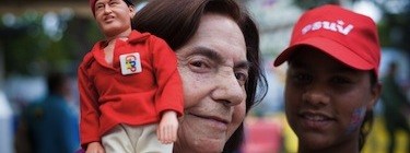 Supporter holds Venezuelan President Hugo Chavez doll during presidential elections. Image by Alejandro Rustom, copyright Demotix (07/10/12).