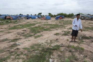 Evicted residents of Phnom Penh live in 'refugee' like camp