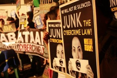 Rally against Anti-Cybercrime Law infront of the Supreme Court. By @CristinaTabbs
