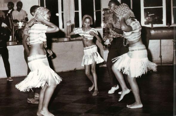 Marrabenta en la Asociación Africana (AA). Foto del archivo personal de Elarne y Fredo Cariano.