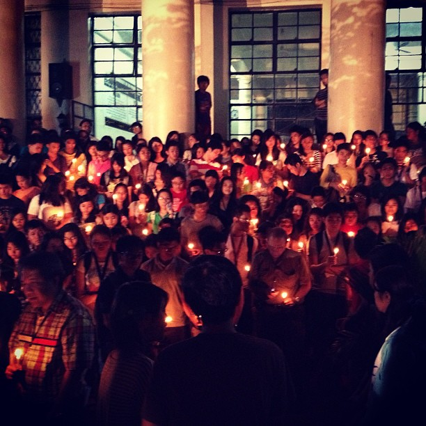 Candle lighting activity at UP Manila | Photo taken by Carl Marc Ramota
