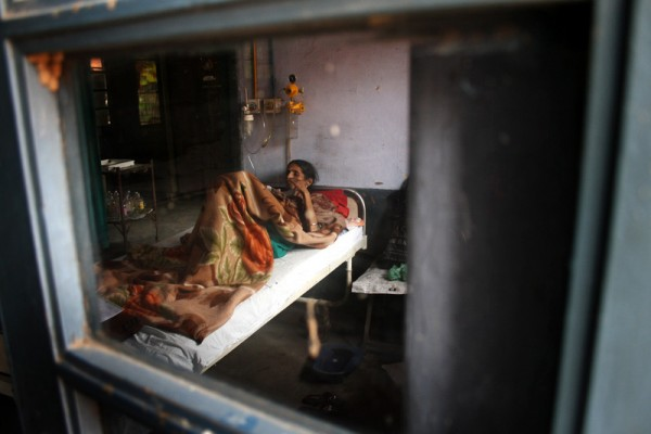 A TB patient under treatment at TB hospital in Amritsar, India.  Image by Sanjeev Syal. Copyright Demotix (23/3/2013)
