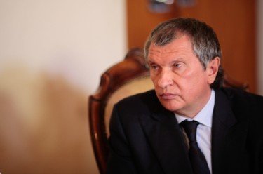 Igor Sechin, 30 January 2013, photo by Chavez Candanga, CC 2.0.