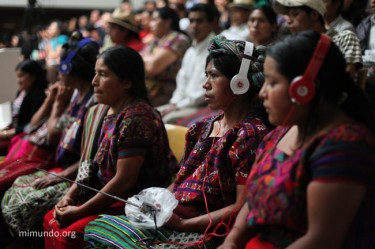 Maya Ixil women listening to the trial.  Picture by James Rodriguez Mimundo.org