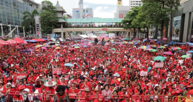 'Red Shirt' members in Thailand commemorate the third anniversary of the violent crackdown of an anti-government protest. Image from @RichardBarrow