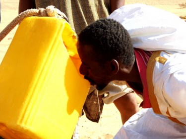Lack of drinking water is causing widespread protests in Mauritania. Photograph from Dedda Ould Sheikh Ebrahim blog