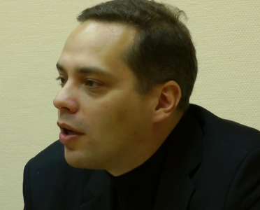 Vladimir Milov, discussing migration policy, 7 February 2013, clip from YouTube.