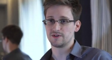 Edward Snowden, who leaked US surveillance programs, talked to Guardian newspaper  Screen grab from Youku
