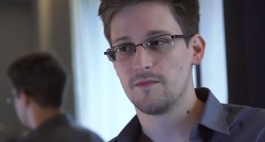 Edward Snowden - Human Rights Defender or Traitor? (Screenshot from Youtube.com)