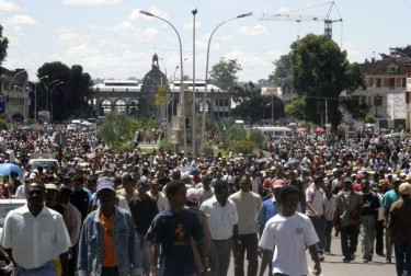 Fact checked photo of protests in Madagascar via Jentilisa - Public Domain