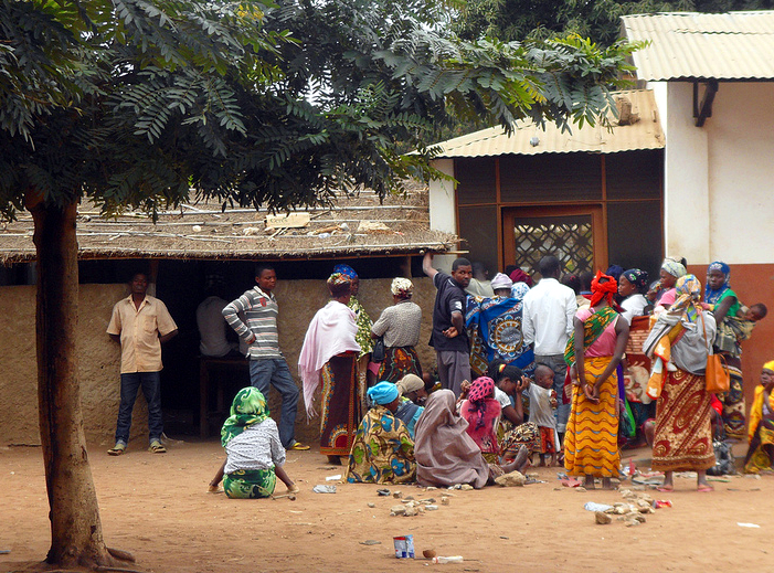 Last day of the electoral registration in Nampula, APAE station. Photo shared by @Verdade on Flickr (CC BY 2.0)