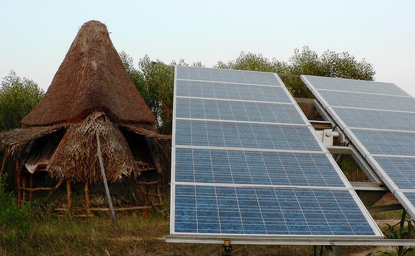 Solar Panels in Sadhana Forest community, Auroville, Tamil Nadu. Image from Flickr by Premsaagar Rose. CC BY-NC 2.0