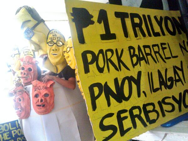 """P1 trillion pork barrel of President Aquino, rechannel to social services"""