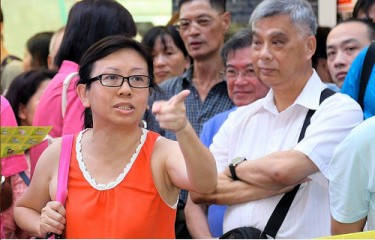 Lam Wai-sze criticized police inaction towards the bullying of FLG by HKYCA on July 15. Photo from inmediahk.net.
