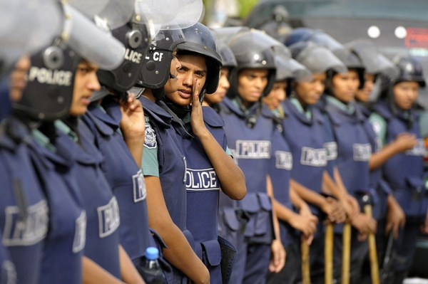 Bangladesh Police force. Image by A. M. Ahad. Copyright Demotix. (13/6/2011)