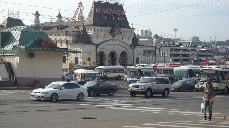 Vladivostok streets, by Núria Alonso, August 2008, CC 2.0.
