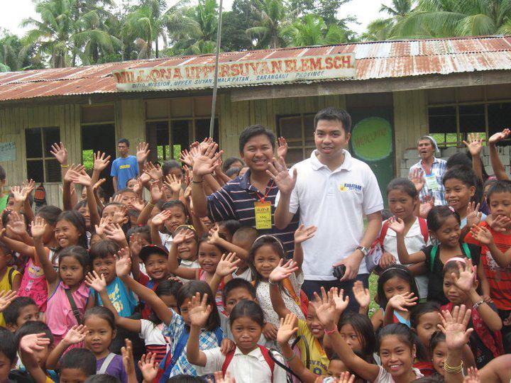 Mong Palatino visita Malapatan, Sarangani