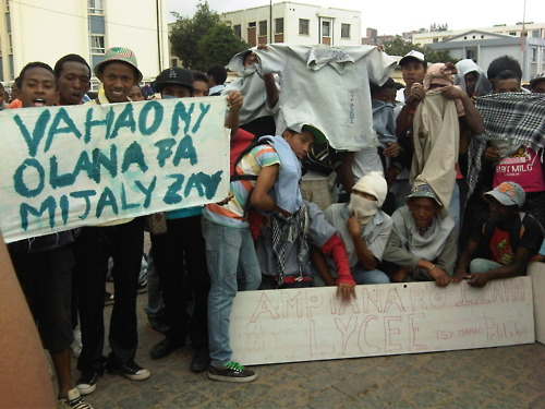 """Sort out this problem because we are suffering"". Students on strike in Madagascar, by Jentilisa (used with permission)"
