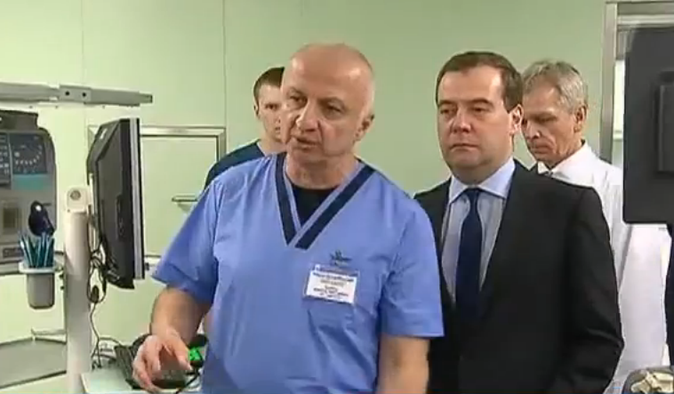 Prime Minister Medvedev visits a Moscow hospital. YouTube screenshot.