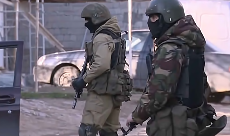 Russian special forces participating in the capture of Islamic militants, including Sokolov. YouTube screenshot.