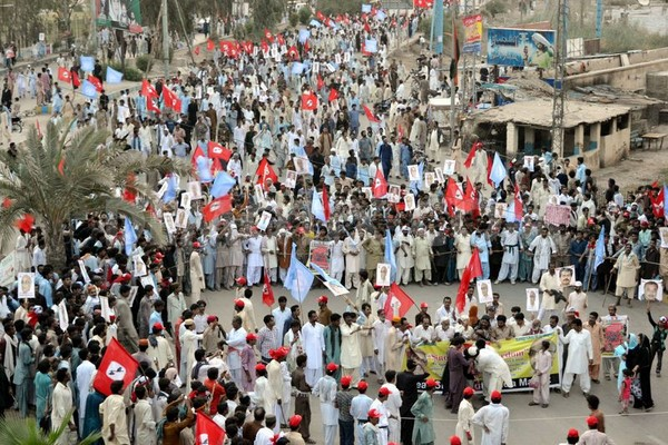 Activities of JSQM holds a rally from Qasimabad to Gul Center against the freedom of Sindh. Hyderabad, Pakistan. Image by Janali Laghari. Copyright Demotix (6/7/2013)
