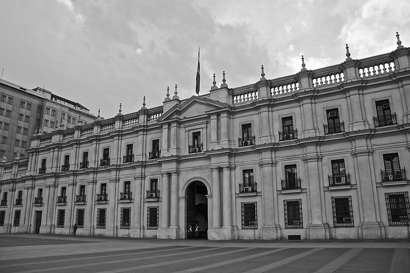 La Moneda, Chile's presidential palace. Photo by user alobos Life on Flickr, under a Creative Commons license (CC BY-NC-ND 2.0)