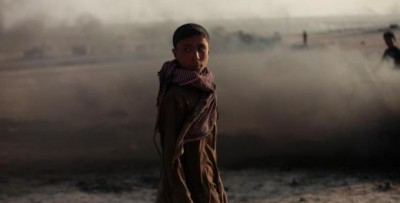 A child in Raqqa, by Hamid Khatib. Source: The author´s Facebook page.