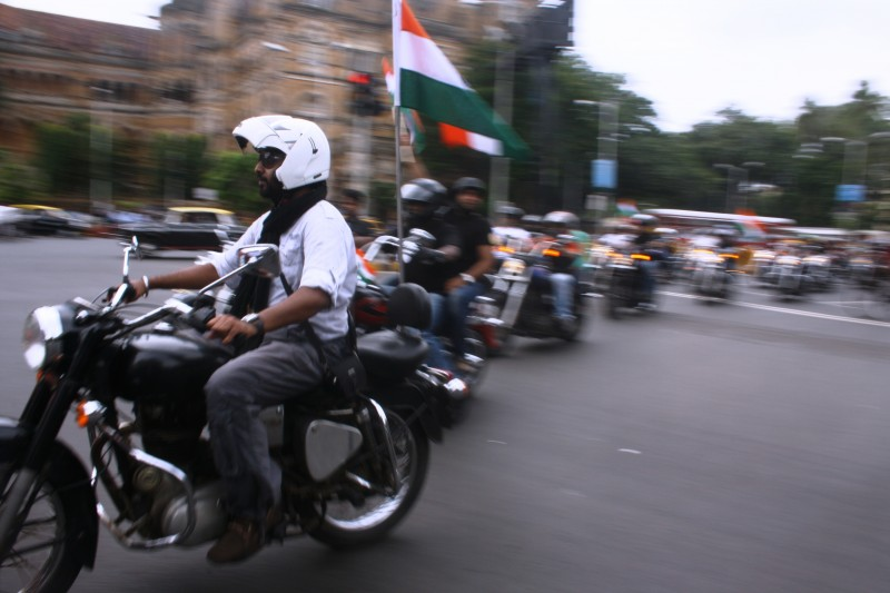 Youngsters participate in bike rally organized during the Janlokpal Bill protests in Mumbai. Copyright Chirag Sutar (24/5/12)