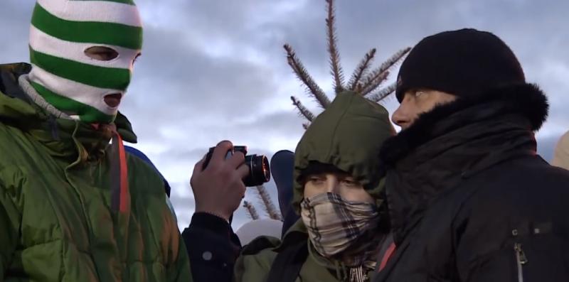 Ukrainian protesters. YouTube screenshot.