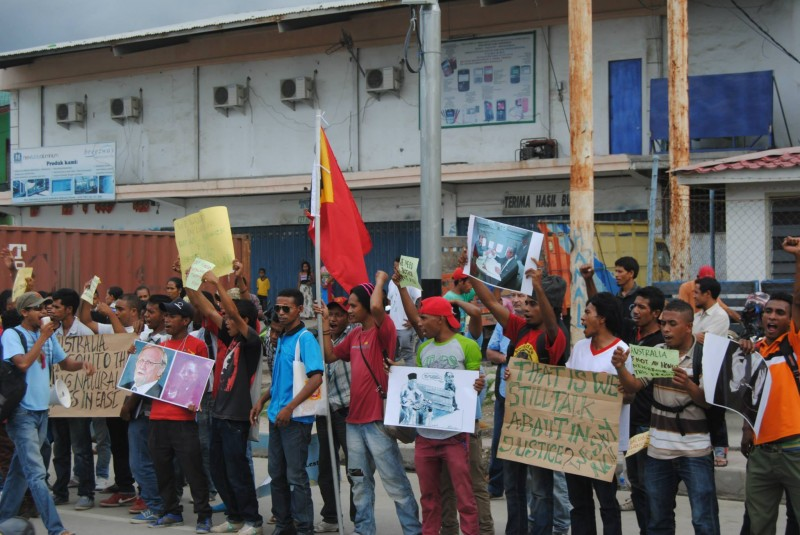 Protest at Australian embassy in Dili, Timor-Leste. Photo from website of etan.org