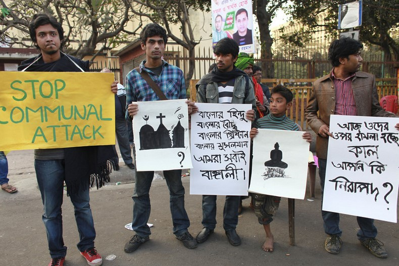 People from various cultural, social platforms took out anti-communalism demonstration in Dhaka in protest against attacks on religious minorities after the 10th National Poll. Image by Rahat Khan. Copyright Demotix (8/1/2014)