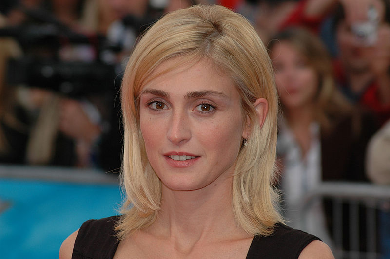 Julie Gayet at Deauville film festival  via wikipedia  Creative Commons Attribution-Share Alike 2.0