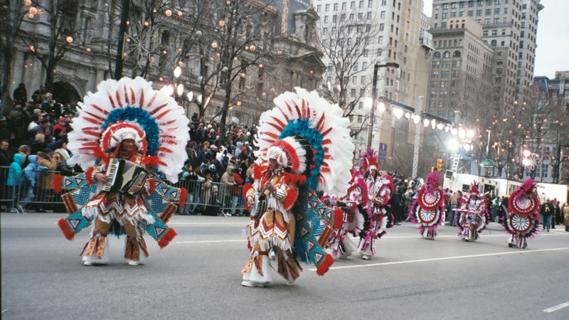 A fancy brigade depicting Native American indians at the 2007 Mummers Parade. Photo by Valkrye131 via Flickr (CC BY-SA 2.0)